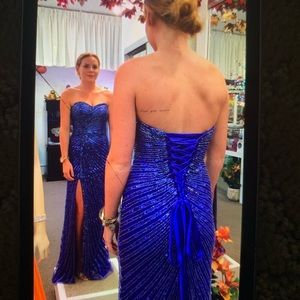 Sheri hill size 0 dress